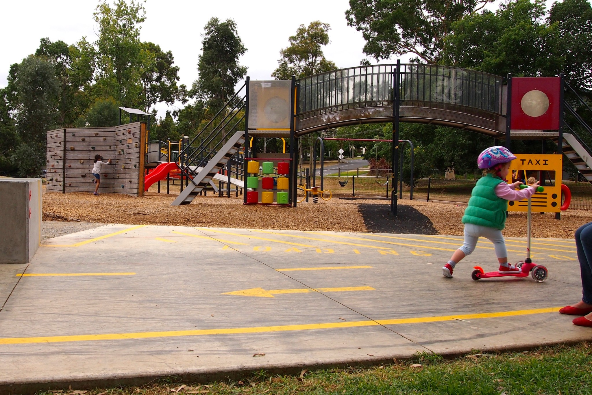 Beginners skate & BMX playground