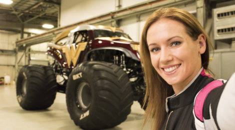 Interview with Rhianna Buchanan {Australia's first ever Monster Jam driver}